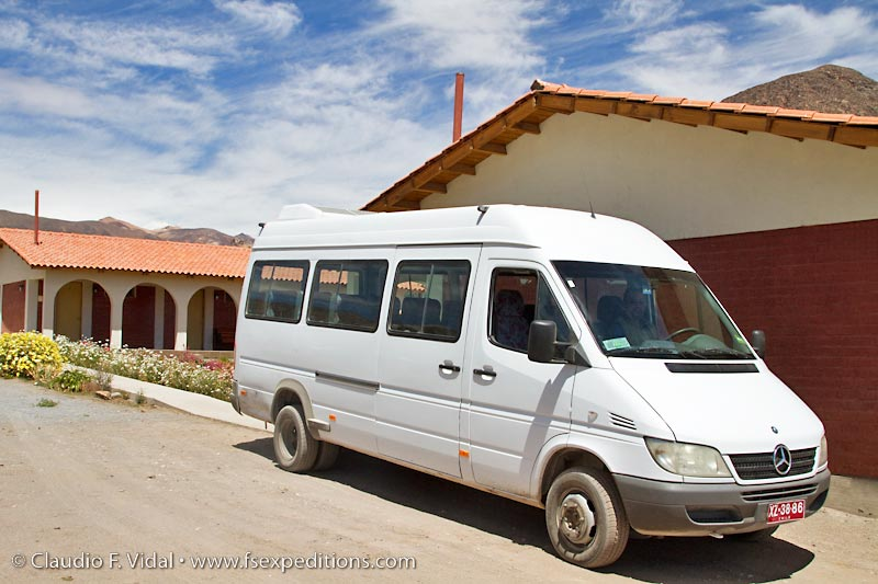 The vehicles we use in our day tour in central Chile