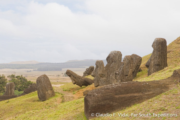 The impressive moai quarry of Rano Raraku, Easter Island (Rapa Nui) © Claudio F. Vidal, Far South Expeditions